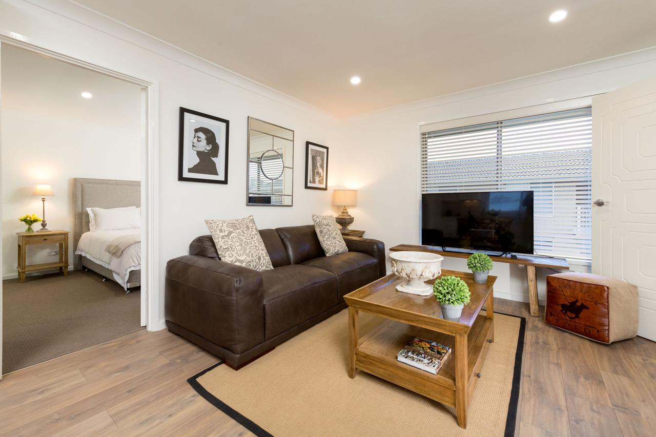 Sleeping in Style - Central  Sophisticated - Accommodation Rockhampton