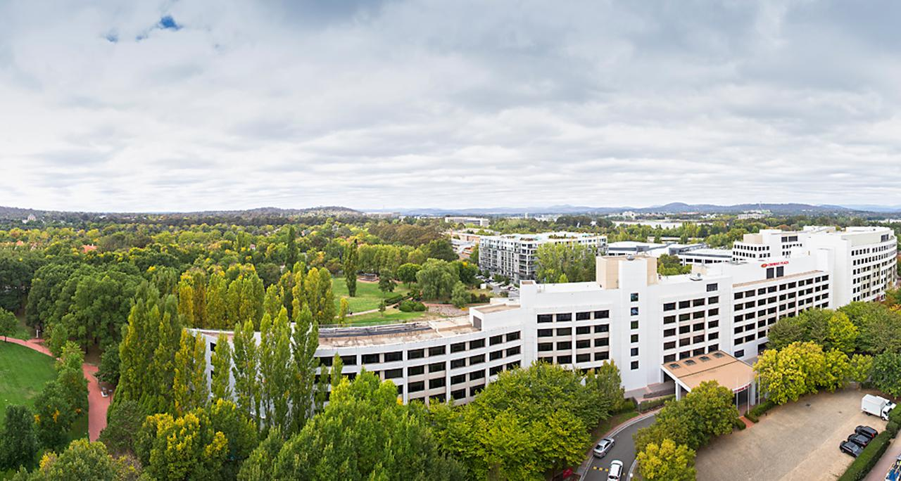 Crowne Plaza Canberra - Accommodation Rockhampton