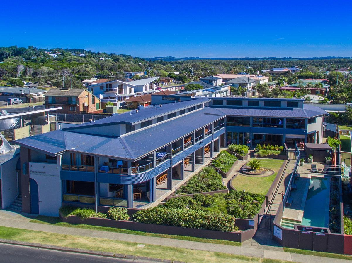 Lennox Holiday Apartments - Accommodation Rockhampton
