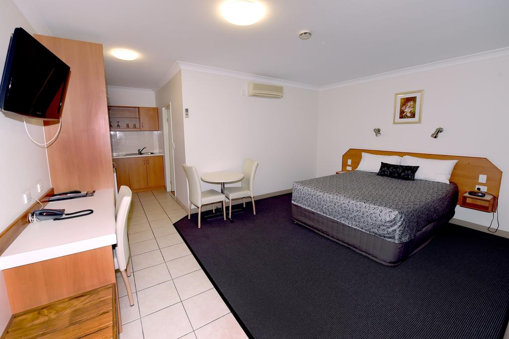 Carriers Arms Hotel Motel - Accommodation Rockhampton