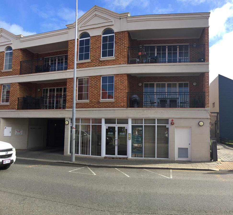 James Henty Apartments - Accommodation Rockhampton