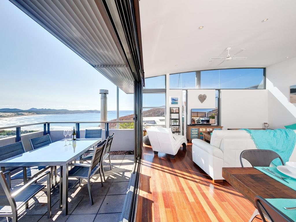 One Mile Cl Townhouse 22 26 The Deckhouse - Accommodation Rockhampton