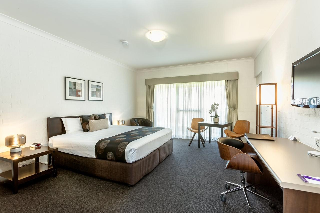 Blazing Stump Motel  Suites - Accommodation Rockhampton