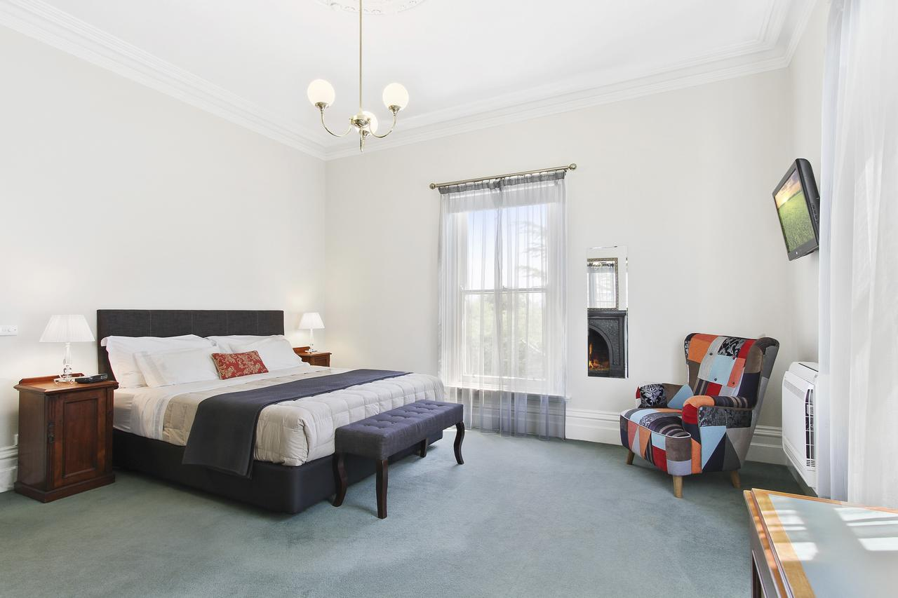 The Riversleigh - Accommodation Rockhampton