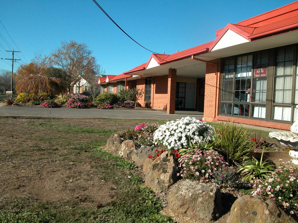Ambassador Motor Inn - Accommodation Rockhampton