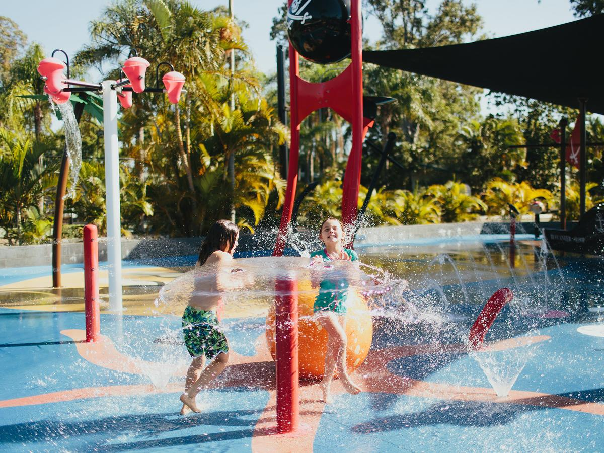 NRMA Treasure Island Holiday Resort - Accommodation Rockhampton