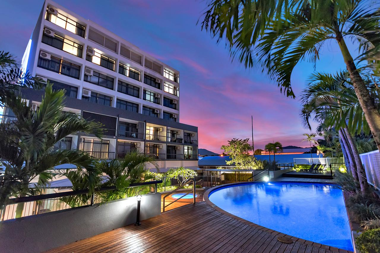 Sunshine Tower Hotel - Accommodation Rockhampton