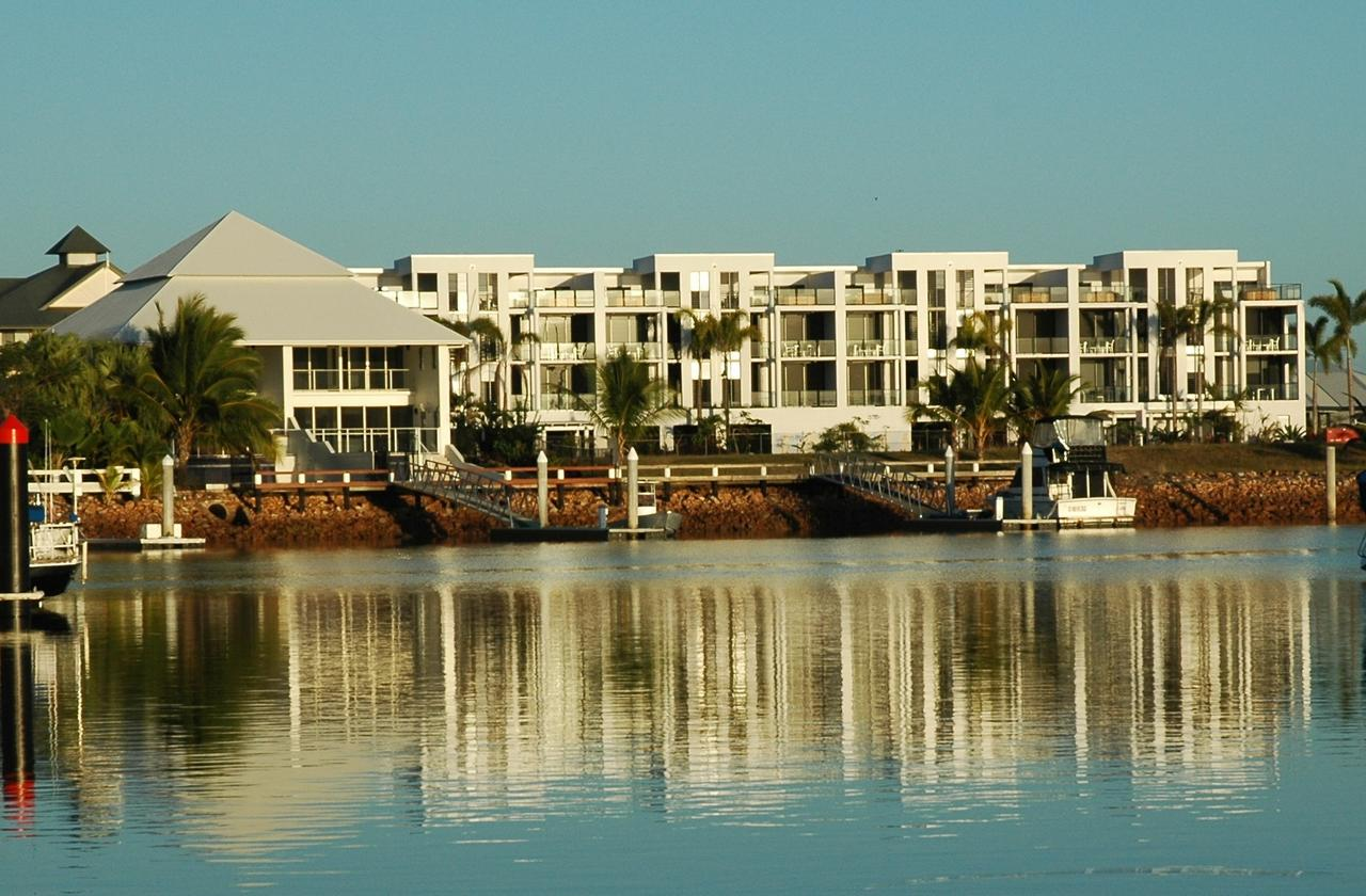 Hinchinbrook Holiday Apartments - Accommodation Rockhampton