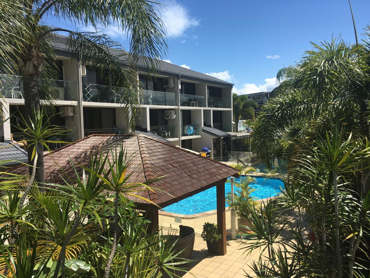 Burleigh Palms Holiday Apartments - Accommodation Rockhampton