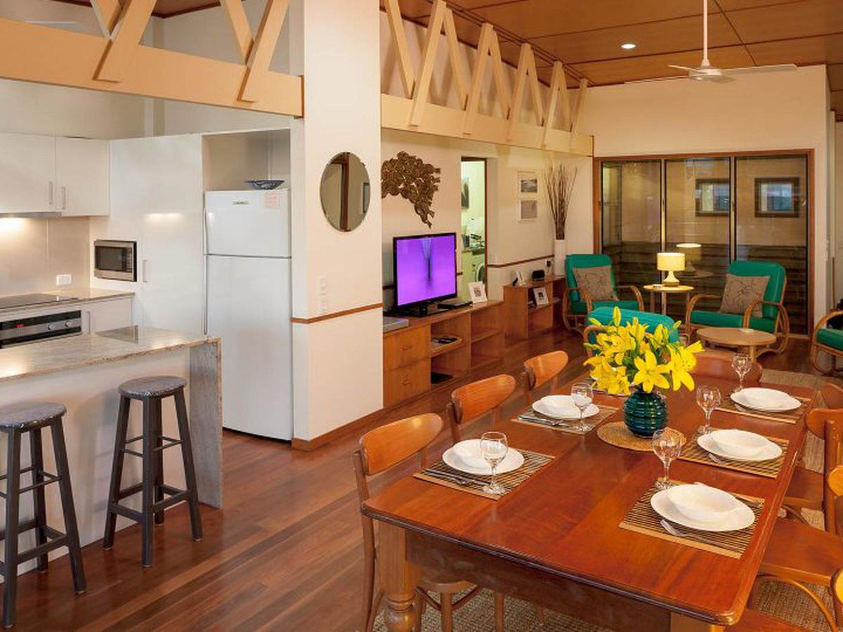 Claytons on Cylinder Beach Front - Accommodation Rockhampton